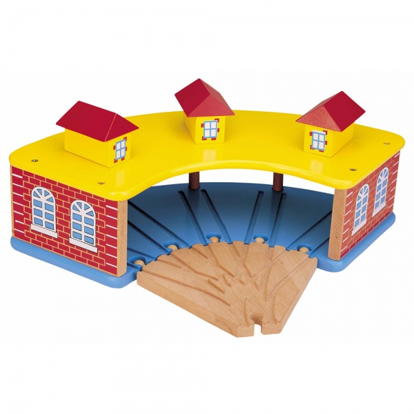wooden round house with 5 way track