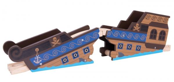 woodenshipwreckbridge